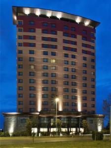 Hotel Hilton Florence Metropole con i Solai Plastbau Metal di Poliespanso